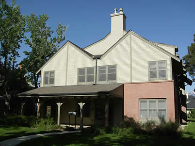 Windom Spanish Language House