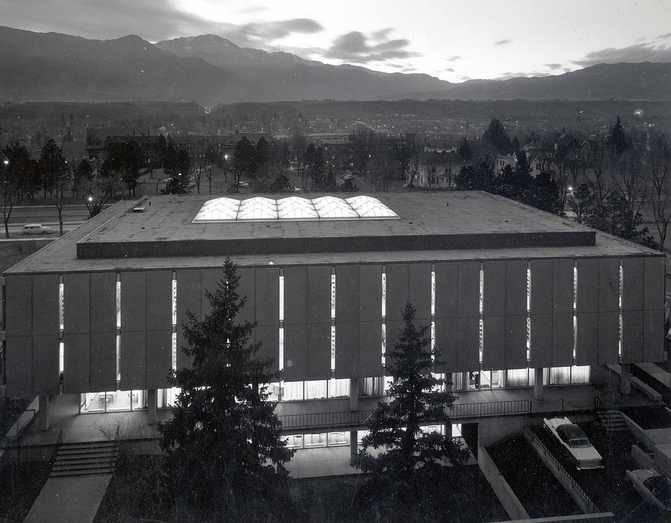Tutt Library, officially opened in 1962, faces Pike's Peak and the Rocky Mountains to the west.